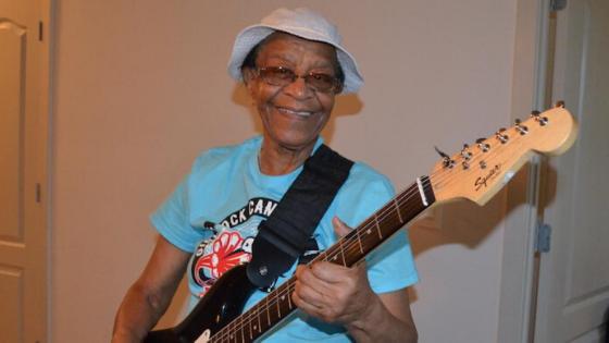 "Rock Me Baby – Beverly ""Guitar"" Watkins"